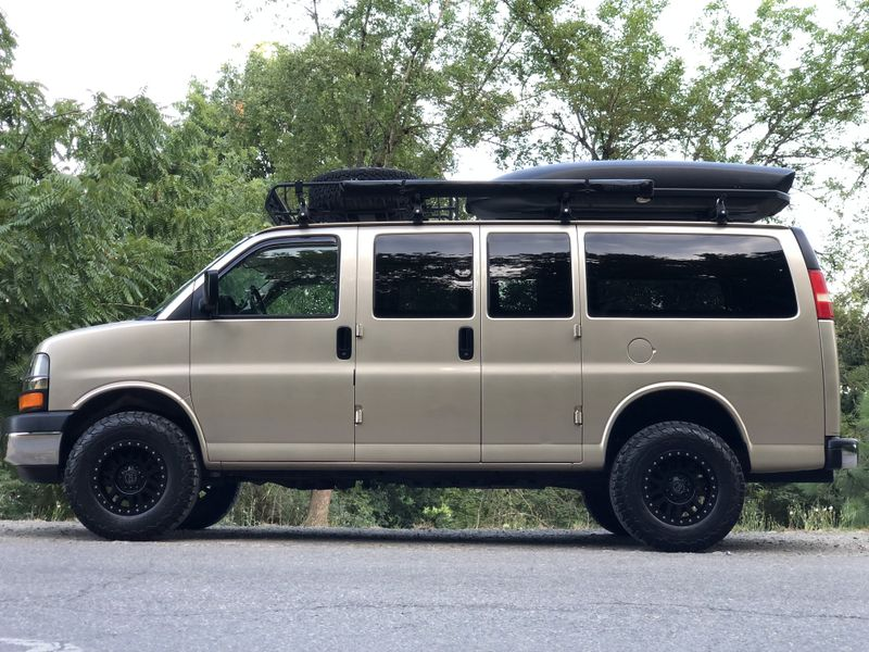 Picture 2/21 of a 2005 AWD Chevrolet Express Adventure Van for sale in Portland, Oregon
