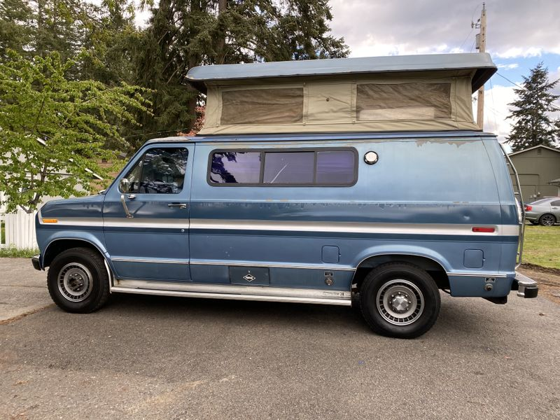 Picture 6/19 of a 1991 Ford 250 Sportsmobile pop top for sale in Spanaway, Washington