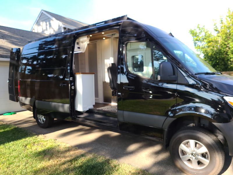Picture 1/20 of a 2020 Mercedes Sprinter 170 4x4 for sale in Beaverton, Oregon