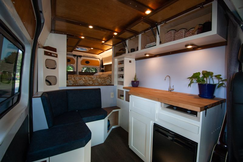 Picture 4/10 of a 2019 RAM Promaster 2500 for sale in Saint Paul, Minnesota