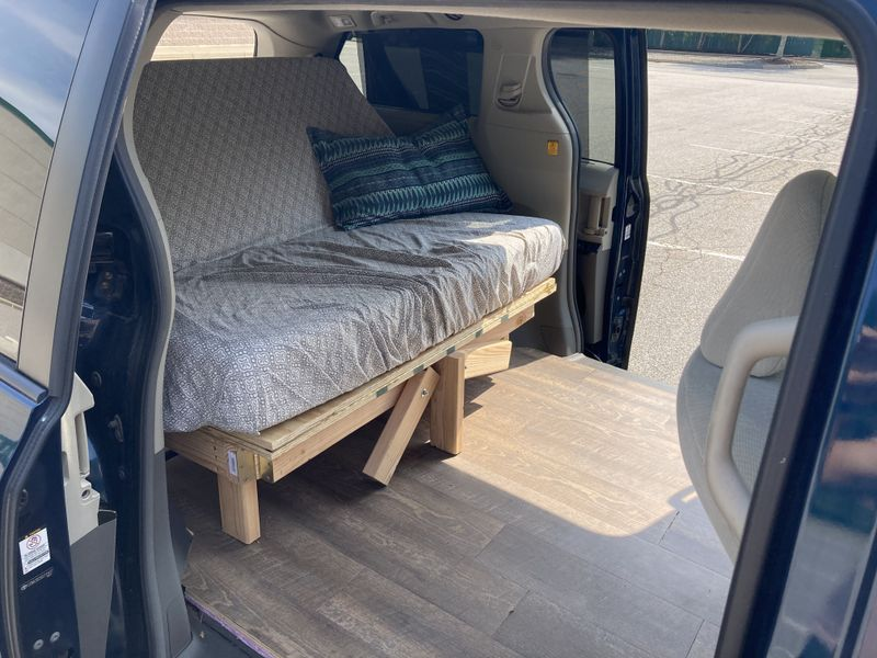 Picture 3/14 of a Toyota Sienna Campervan for sale in Providence, Rhode Island