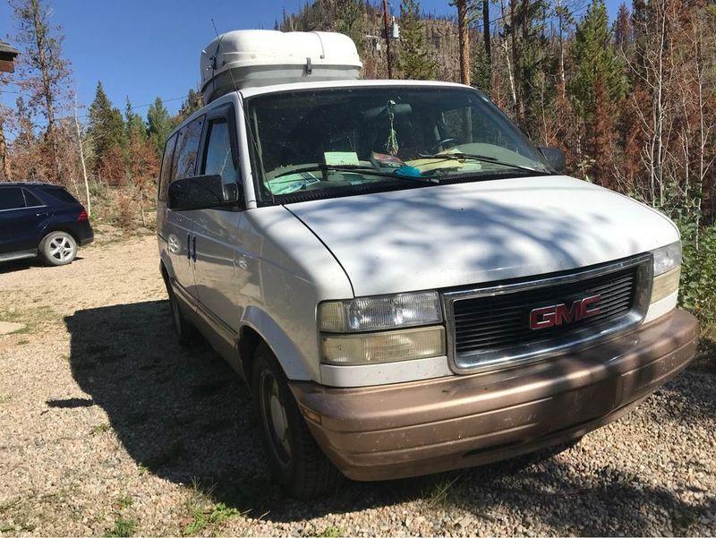 Picture 1/13 of a 2000 GMC Safari  for sale in Cleveland, Ohio