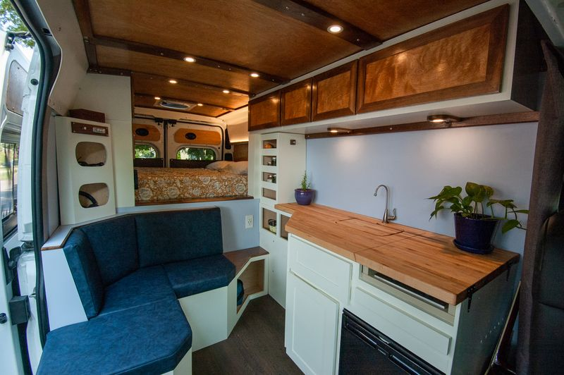 Picture 1/10 of a 2019 RAM Promaster 2500 for sale in Saint Paul, Minnesota