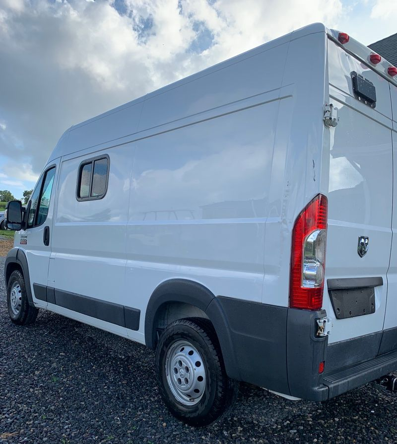 """Picture 5/19 of a 2014 Dodge Promaster 2500 136"""" High Roof (Shorty) for sale in Millerstown, Pennsylvania"""