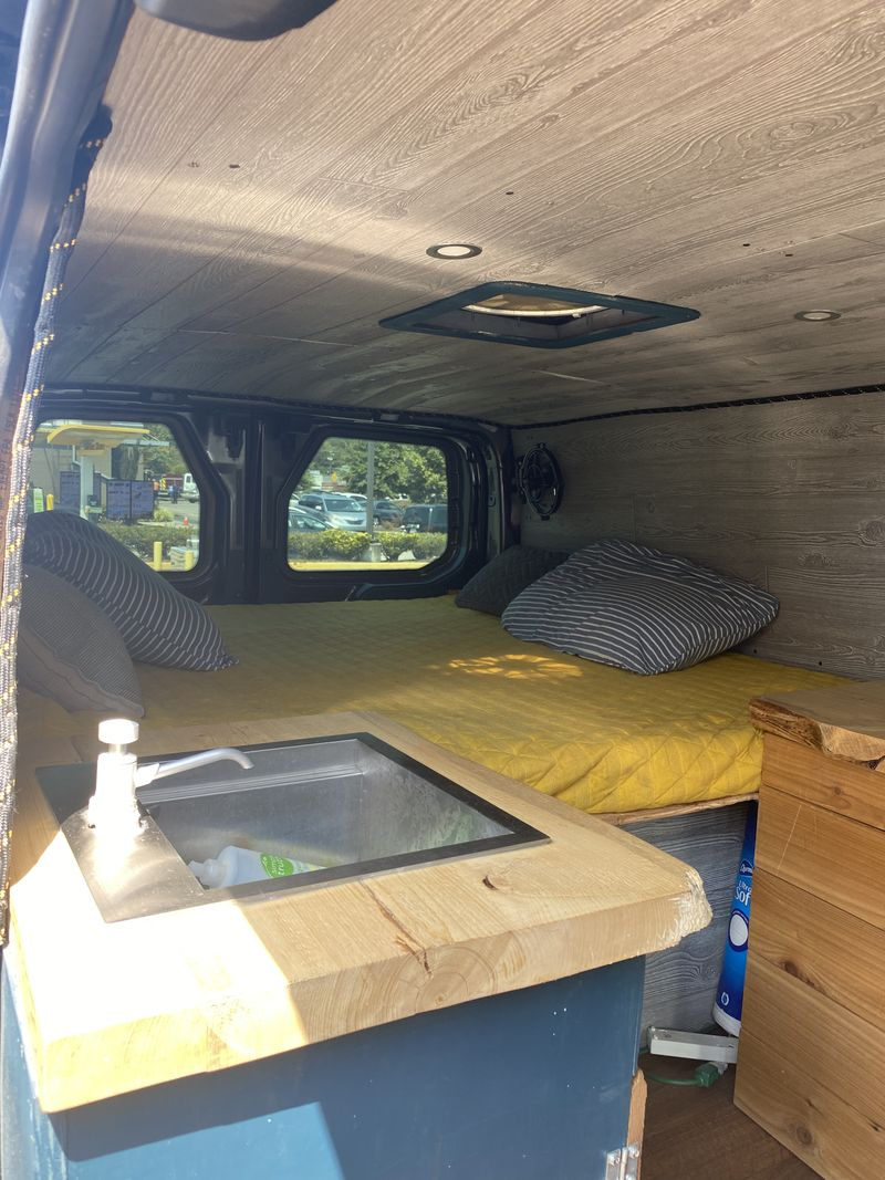 Picture 3/17 of a 2018 Transit 350 XLT LR for sale in Augusta, Georgia