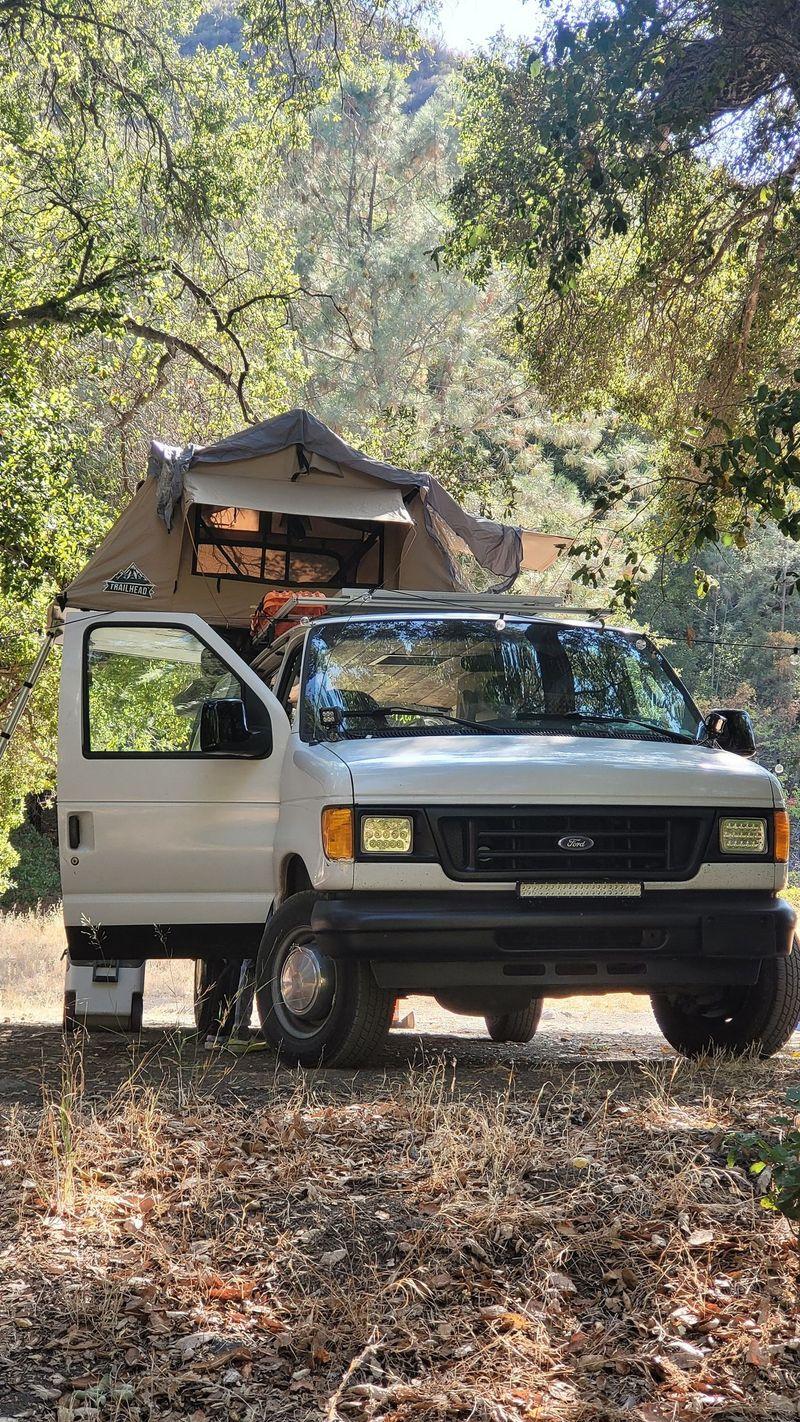 Picture 2/10 of a 2005 Ford E250 Camper Van for sale in Artesia, California