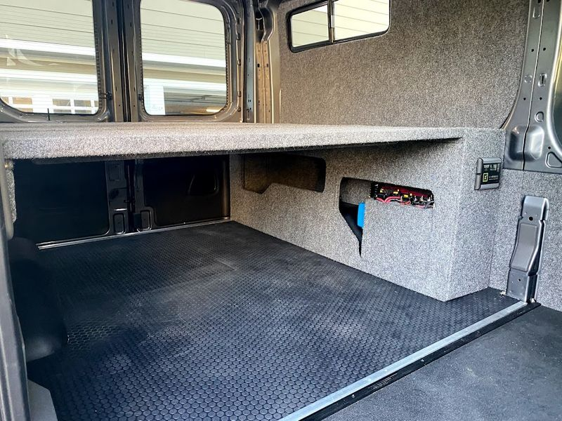 Picture 5/10 of a 2021 AWD Ford Transit  Weekender with Pop Top *sold* for sale in Sand Point, Alaska