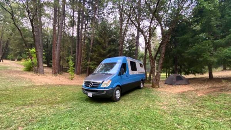 Picture 4/9 of a 008 Beautiful Mercedes Sprinter Conversion for sale in Palmdale, California