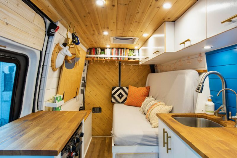 Picture 3/20 of a 2014 Fully Converted Sprinter Van for sale in Weatherford, Texas