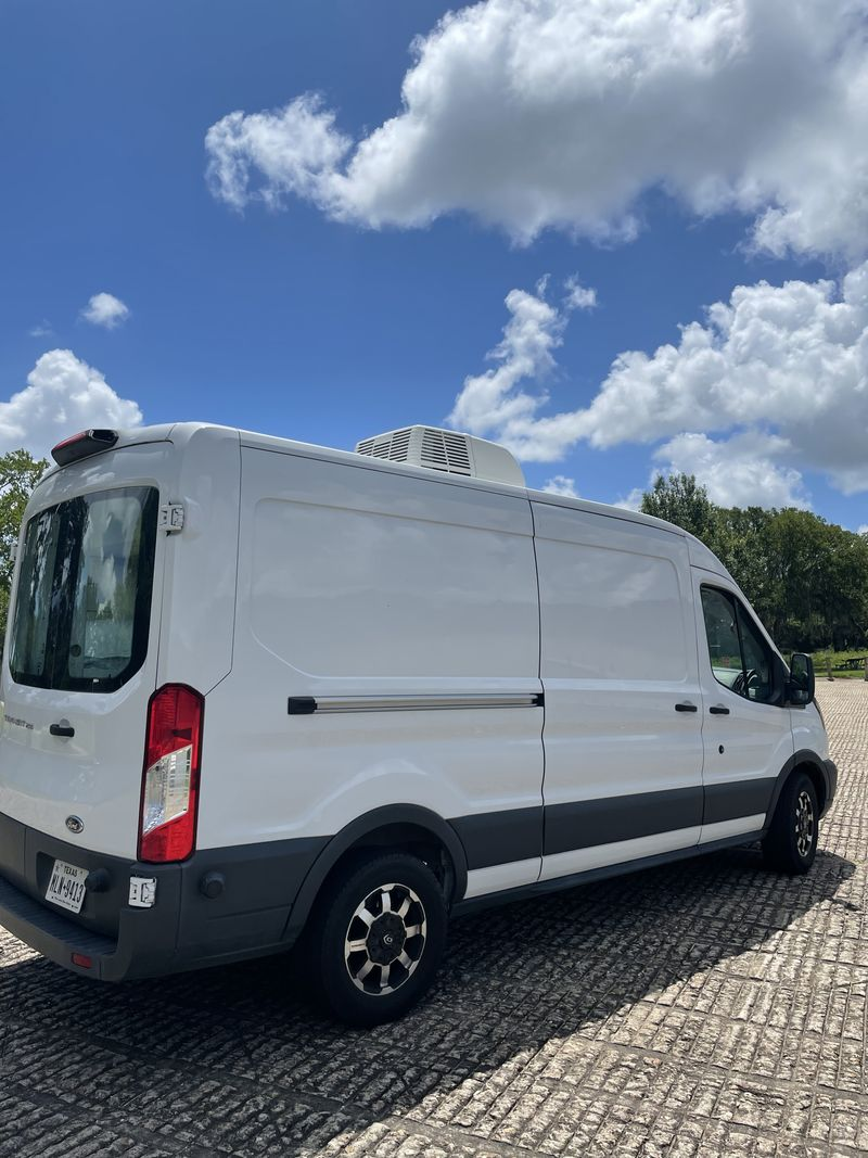Picture 4/13 of a 2020 Ford Transit 250 Med roof  conversion  for sale in Houston, Texas
