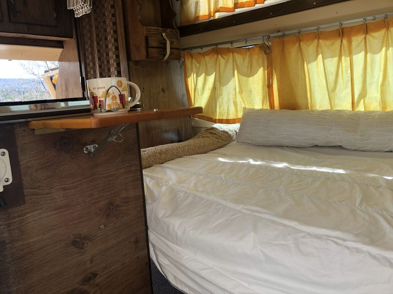 Picture 2/26 of a 1976 Ford Econoline 250 Chateau for sale in Colorado Springs, Colorado