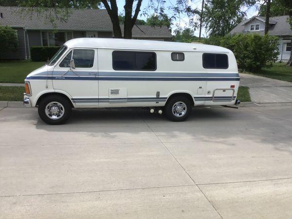 Photo of a campervan for sale: 1986 Dodge camper van
