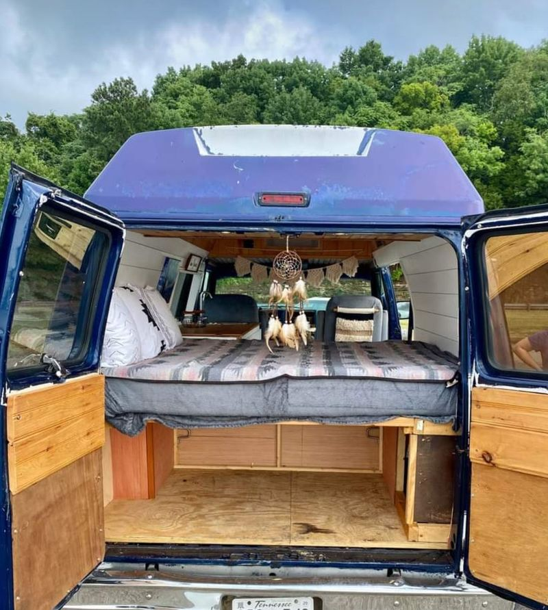 Picture 5/26 of a 1995 Chevrolet G20 High Top for sale in Nashville, Tennessee