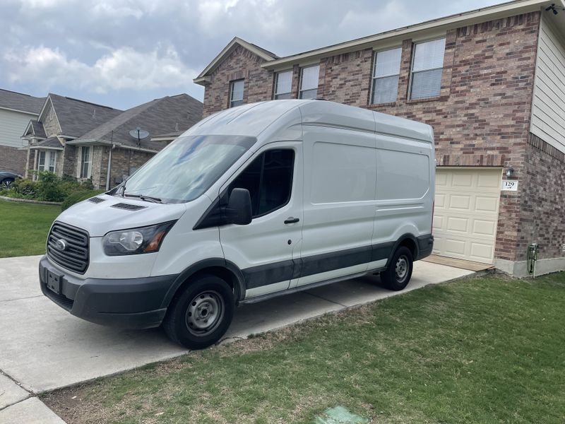 """Picture 5/12 of a 2017 Ford Transit 250 LWB, 148"""" high roof 3 Door for sale in San Antonio, Texas"""