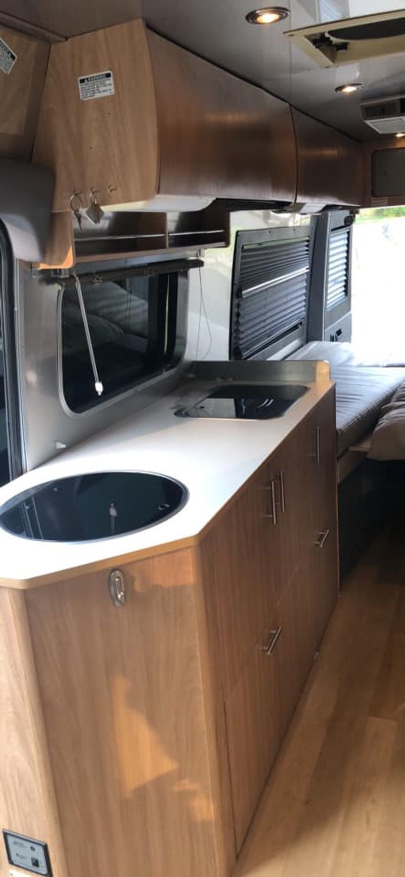 Picture 4/11 of a 2007 Airstream Interstate for sale in Steamboat Springs, Colorado