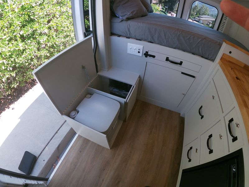 """Picture 6/14 of a 2020 Ram Promaster 136"""" """"Luda"""" for sale in Los Angeles, California"""