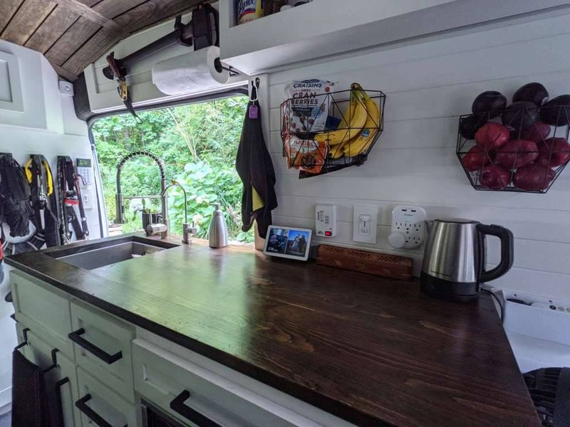 Picture 2/12 of a 2019 Ford Transit 250 extended / high-roof for sale in Asheville, North Carolina