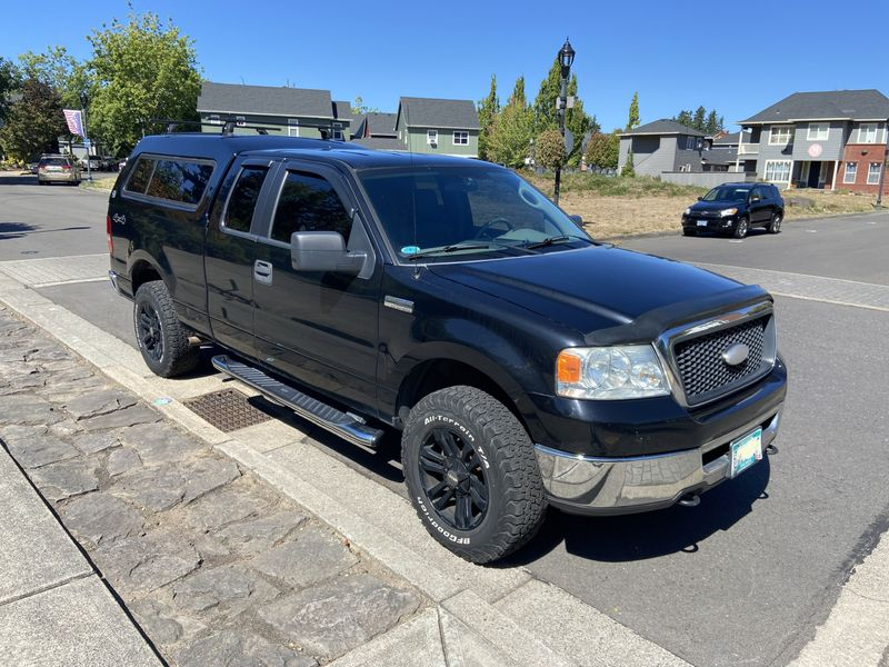 Picture 2/26 of a 2006 Ford F-150 Camper Truck for sale in Fairview, Oregon