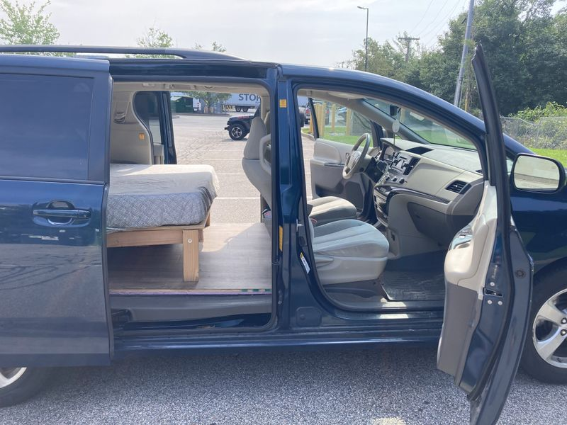 Picture 5/18 of a 2011 Toyota Sienna Campervan for sale in Providence, Rhode Island