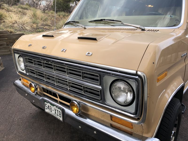 Picture 5/26 of a 1976 Ford Econoline 250 Chateau for sale in Colorado Springs, Colorado