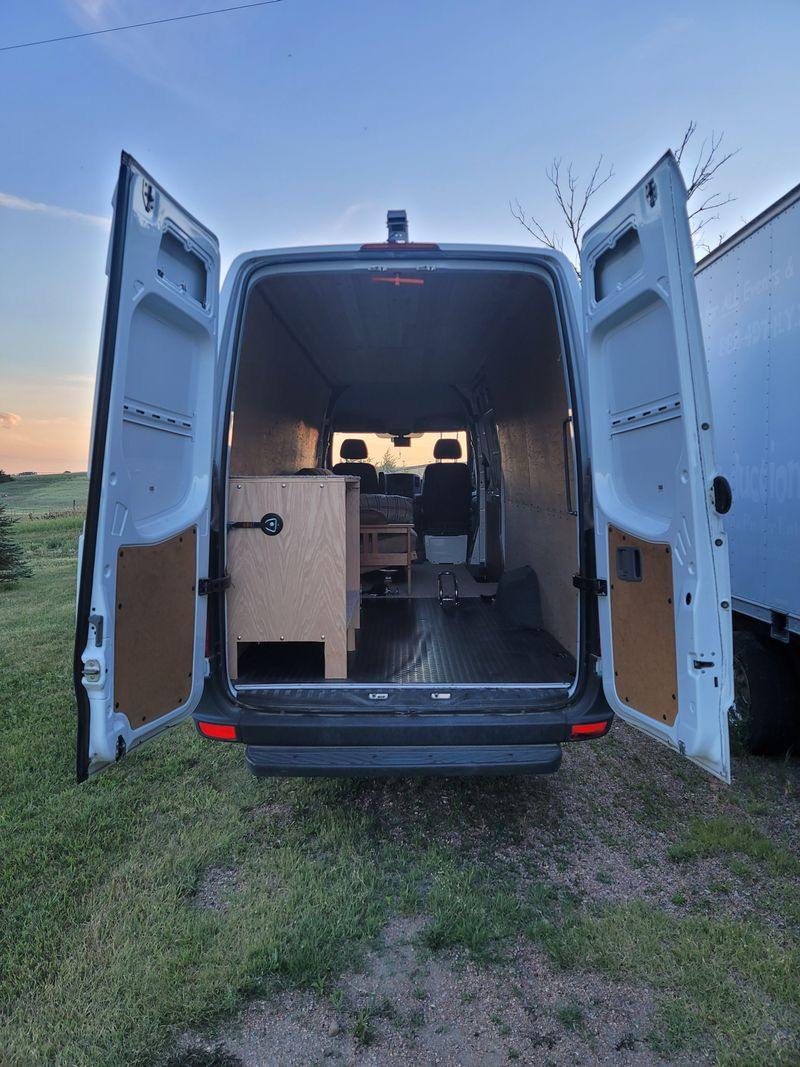 """Picture 4/19 of a 2017 Mercedes Sprinter High Roof Extended 170"""" 4x4 for sale in Kearney, Nebraska"""