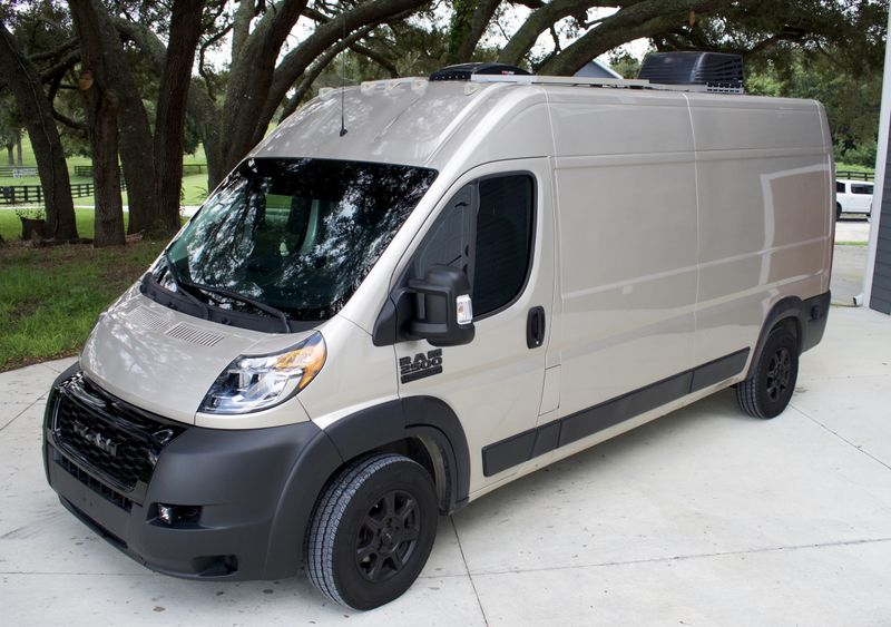 Picture 4/28 of a 2020 Ram 2500 159wb Campervan for sale in Wildwood, Florida