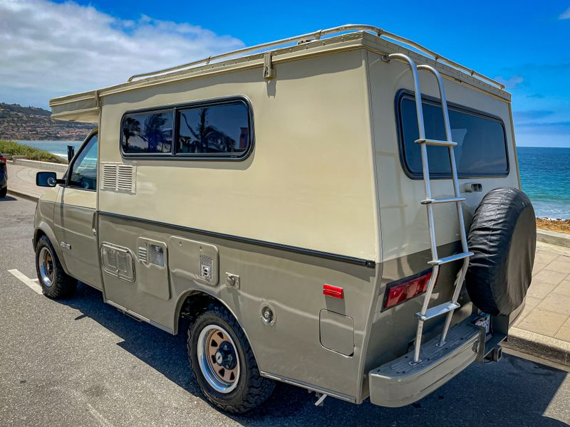 Picture 6/19 of a 1989 Tiger Pro Van GT for sale in Redondo Beach, California