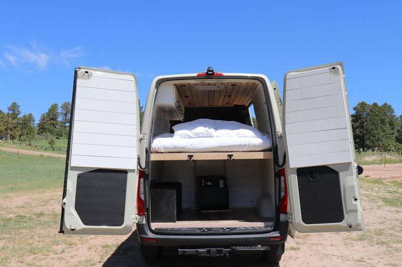 Picture 3/21 of a 2020 Mercedes Sprinter 2500 for sale in Parker, Colorado