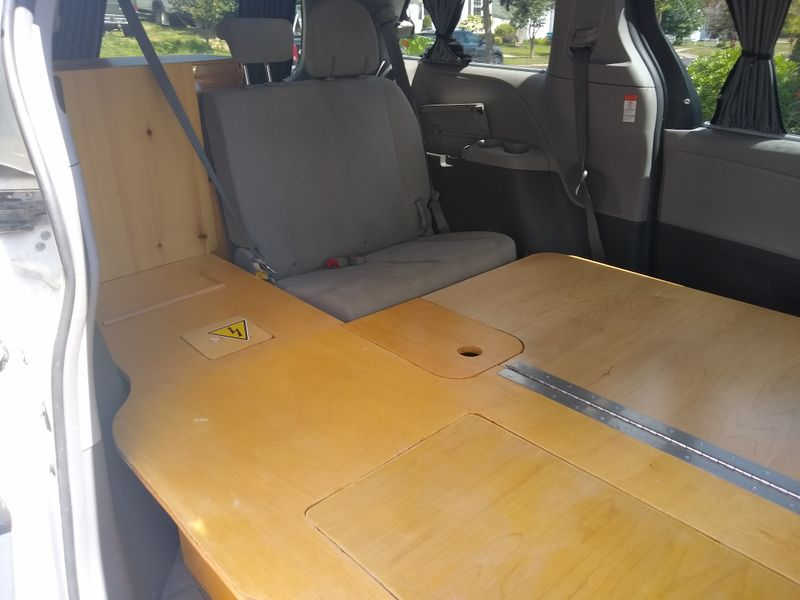 Picture 2/11 of a 2017 Toyota Sienna Custom Conversion for sale in Rutland, Vermont