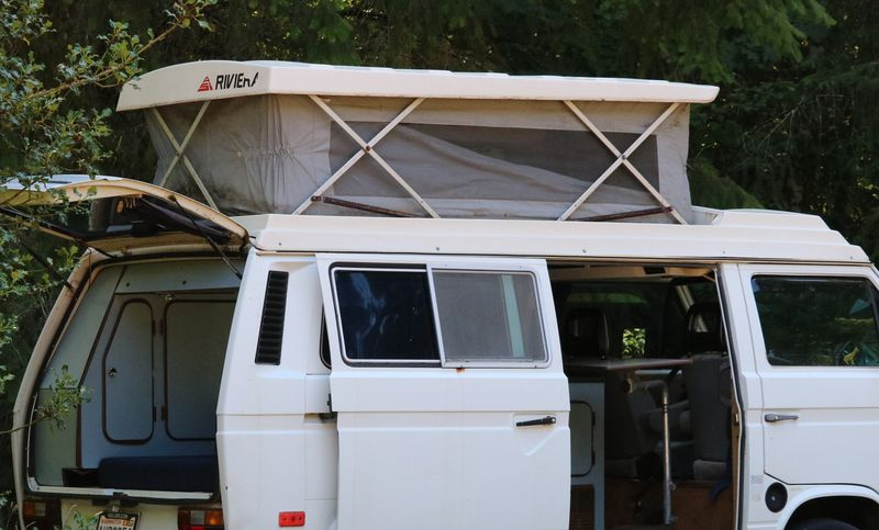 Picture 5/12 of a 1984 VW Camper Van for sale in Olympia, Washington