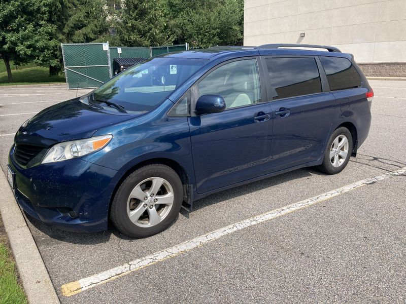 Picture 2/14 of a Toyota Sienna Campervan for sale in Providence, Rhode Island