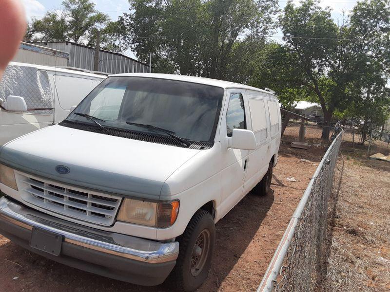 Picture 4/8 of a 92 ford e150 bare bones for sale in Texico, New Mexico