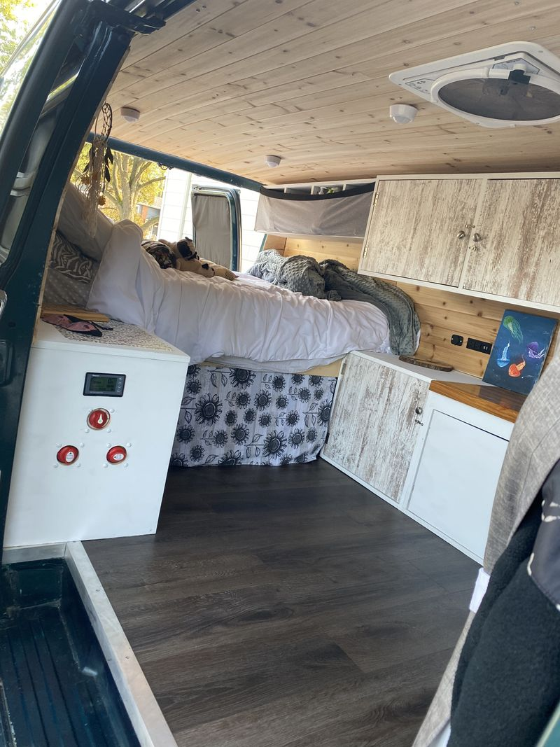 Picture 3/9 of a 1994 Chevy G20 fully converted camper van  for sale in Eureka, California