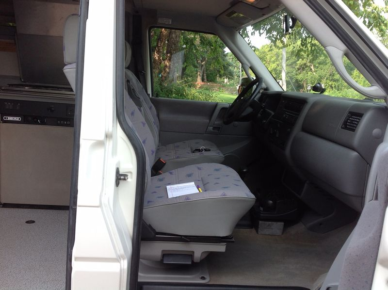 Picture 6/12 of a 1997 VW Eurovan full camper for sale in Palm Coast, Florida