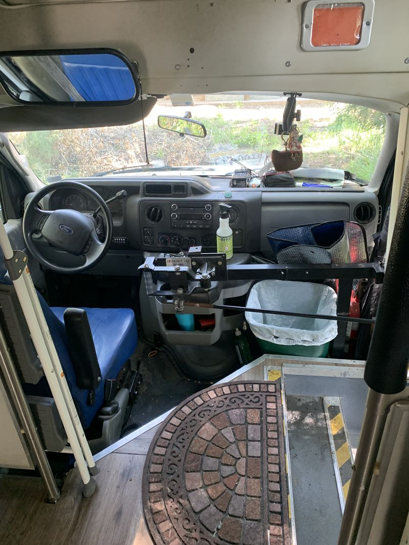 Picture 6/19 of a Spacious Ford e450: Sleeps 4 for sale in Durango, Colorado