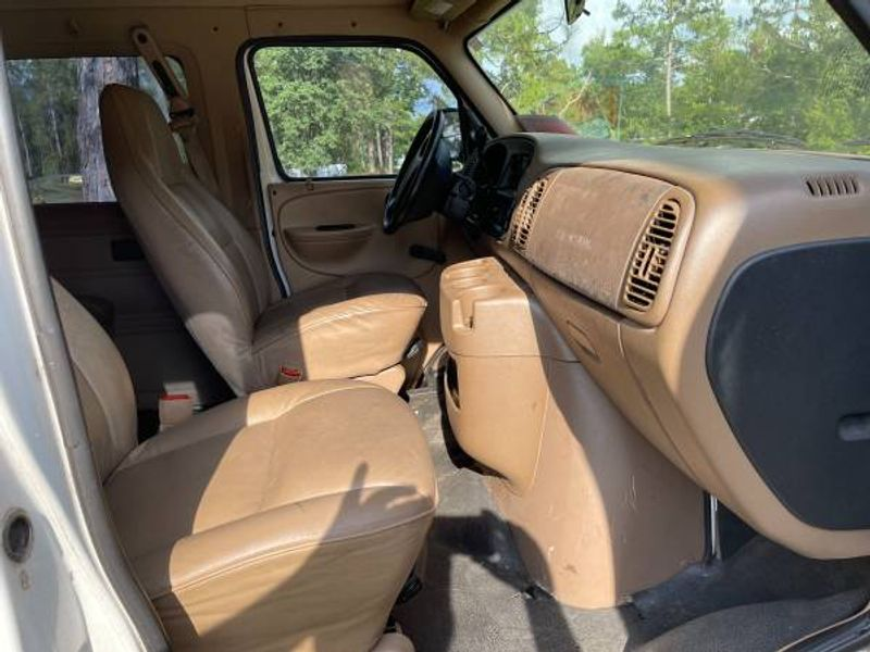 Picture 4/6 of a 2000 Dodge Ram Van 3500 5.9L for sale in Tallahassee, Florida