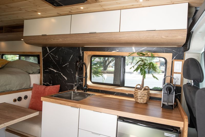 Picture 4/28 of a Sarah - The home on wheels by Mybushotel for sale in North Las Vegas, Nevada