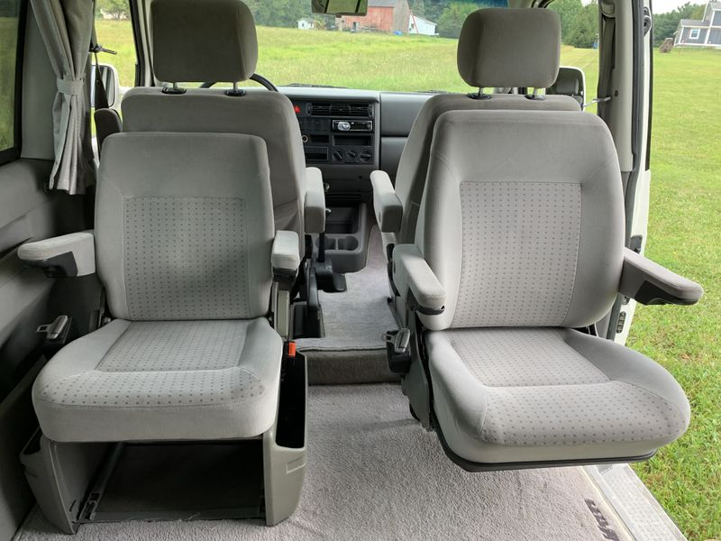 Picture 4/20 of a 2001 Volkswagen Eurovan for sale in Madison, Ohio