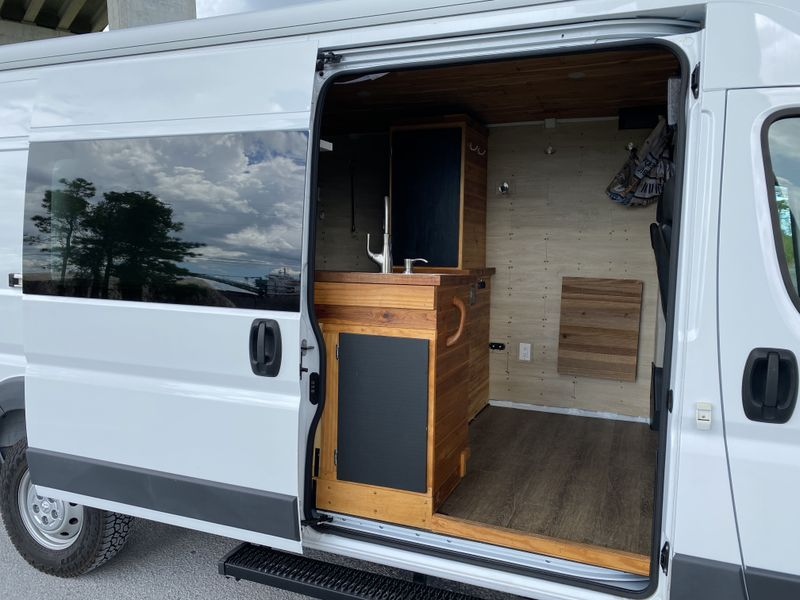 Picture 3/22 of a 2018 Dodge ProMaster 159wb for sale in Jacksonville, Florida