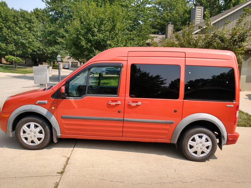 Picture 1/17 of a Ford Transit Connect Premium XLT Camper for sale in Lawrence, Kansas