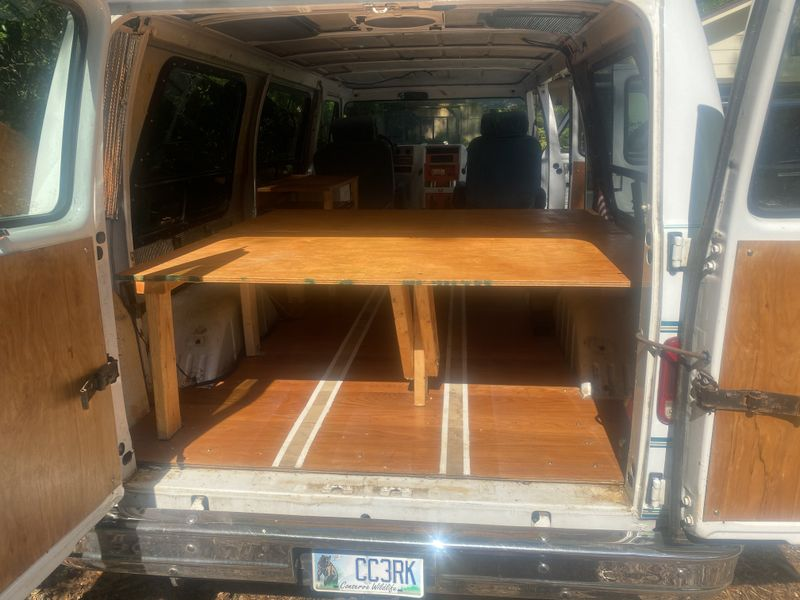 Picture 3/35 of a Chevy G20 Camper Solar for sale in Fernandina Beach, Florida