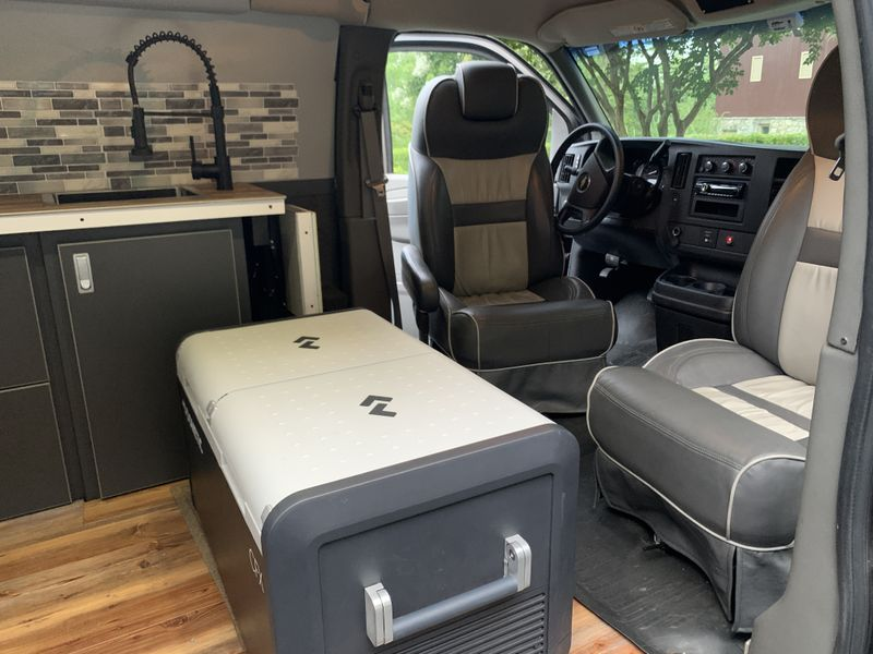 Picture 4/16 of a Chevrolet Express 2500 Extended Camper Van for sale in Germantown, Maryland