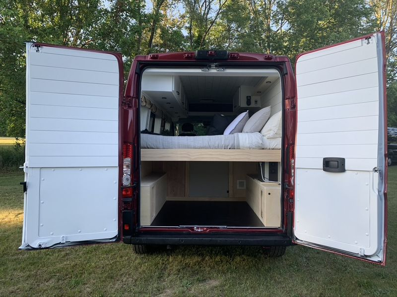 """Picture 6/21 of a """"Rudy"""" Van For Sale for sale in East Leroy, Michigan"""