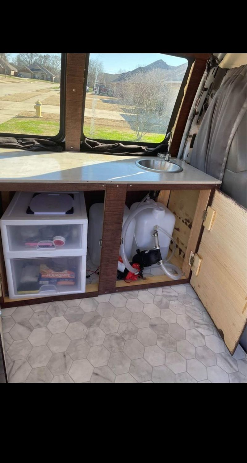 Picture 6/7 of a 2006 Chevy Express 3500 Camper Van for sale in Sulphur, Louisiana