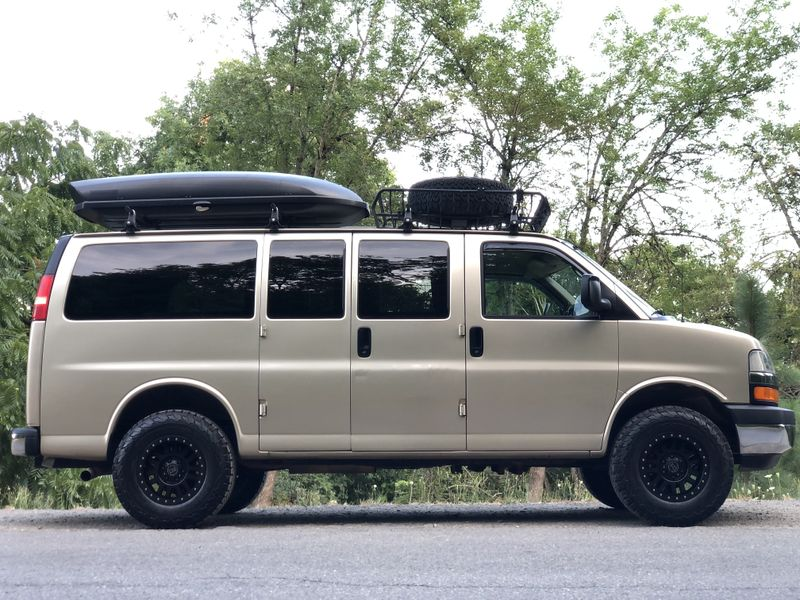 Picture 3/21 of a 2005 AWD Chevrolet Express Adventure Van for sale in Portland, Oregon