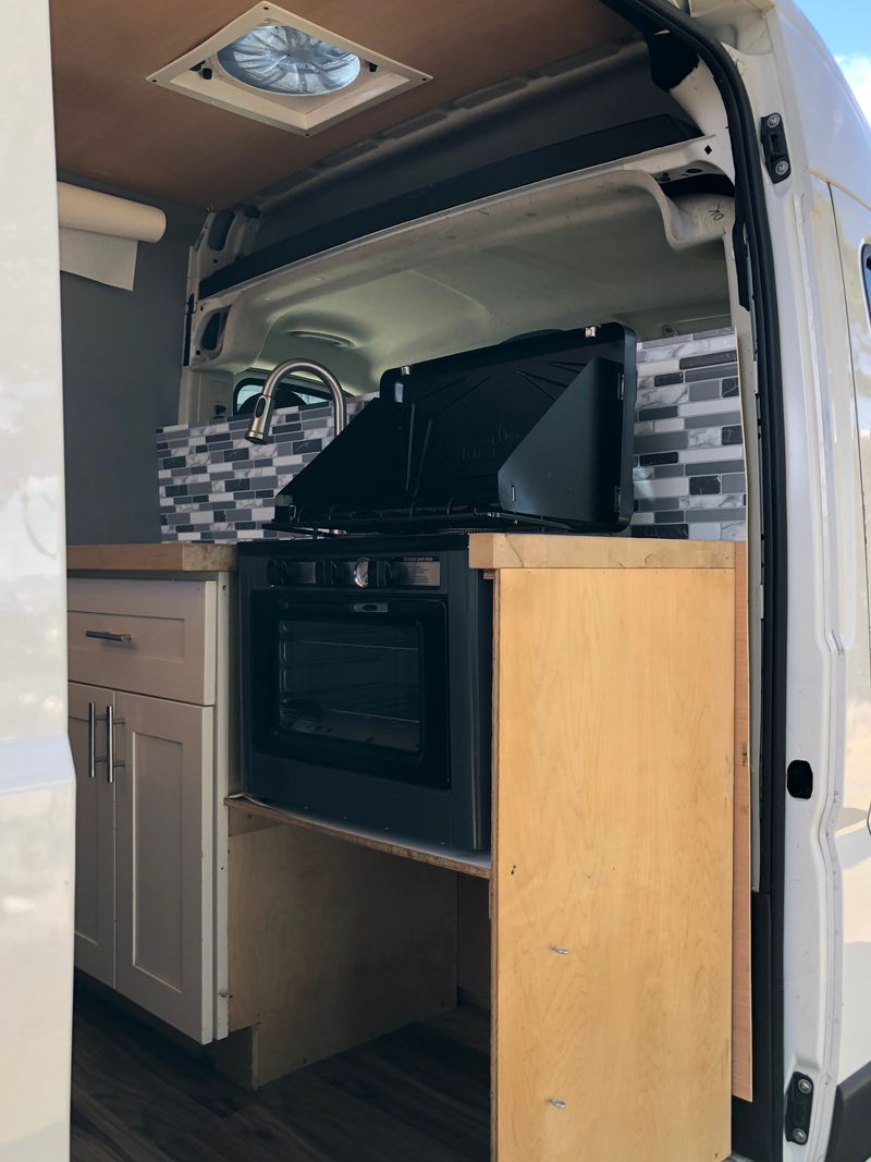 Picture 1/33 of a 2018 Dodge Ram Pro-master 1500- Offgrid High Roof for sale in San Francisco, California