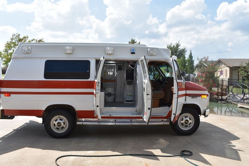 Picture 1/15 of a 1989 Chevy G30  for sale in Princeton, Texas