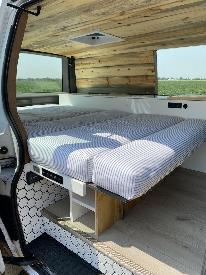 Picture 5/19 of a Clean and stylish Safari camper van  for sale in Davis, California