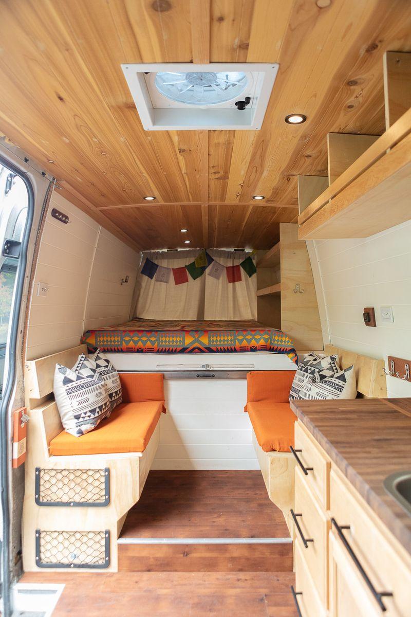 Picture 4/16 of a SALE PENDING Freightliner Sprinter 2500 Van for sale in Portland, Oregon
