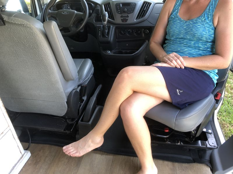 Picture 4/15 of a 2017 Ford Transit Campervan Conversion for sale in Englewood, Florida